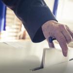 Analiza sondażu za pomocą metod głosowania aprobującego