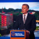 Premier Szydło dominuje. Siemoniak czy Schetyna liderem PO?