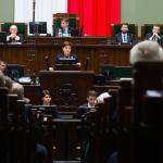 Sondaż: traci premier Beata Szydło, zyskuje Ryszard Petru