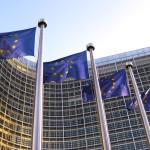 Coraz więcej Polaków chce wyjść z Unii Europejskiej.