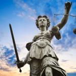 Niech prezydent Duda naprawi sądy