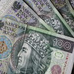 Sondaż: Czy bogaci nie powinni brać 500+?