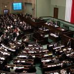 Sondaż: Polacy nie wiążą nadziei z nową kadencją parlamentu