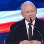 """Sondaż: Polacy pokochali """"Piątkę Kaczyńskiego"""", ale wiedzą, że pieniędzy nie wystarczy."""